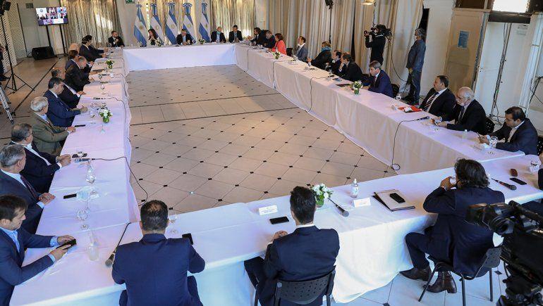 Coparticipación: 19 gobernadores respaldaron la medida del Presidente