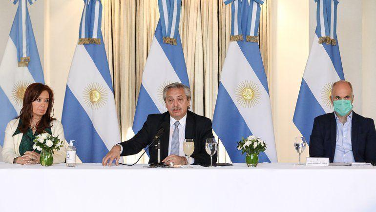 Fernández presentó la oferta a los bonistas: La deuda no puede postergar a la Argentina