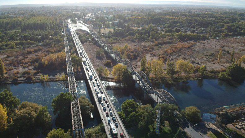 Desde el drone: el cruce de los puentes carreteros entre Cipo y Neuquén