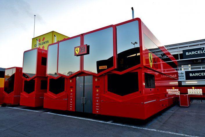 Ferrari podría evaluar distintas opciones para anexar a su proyecto deportivo si el límite de presupuesto de la F1 es bajo.
