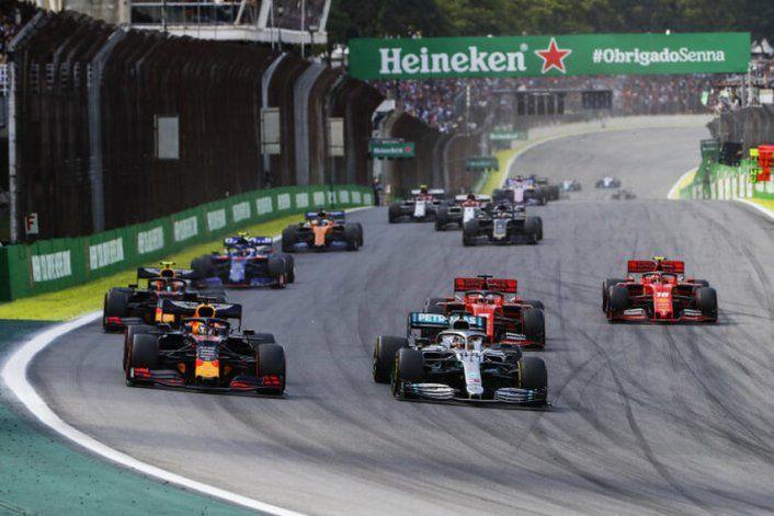 La Fórmula 1 dio a conocer por medio de sus redes un esquema de cómo sería su regreso a las pistas tras la situación del Coronavirus.