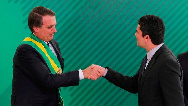 Brasil reportó 474 muertes y en un día sumó más contagios que el total argentino