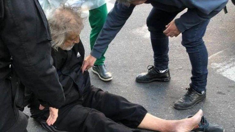 Carlovich al momento de ser asaltado en Rosario.