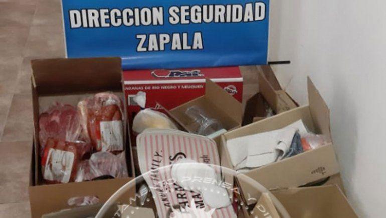 Zapala: mecheras casi roban $30 mil en mercadería de un súper