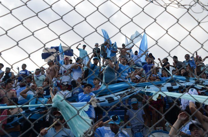 Alianza copó Centenario en la final de la Copaante el Rojo.