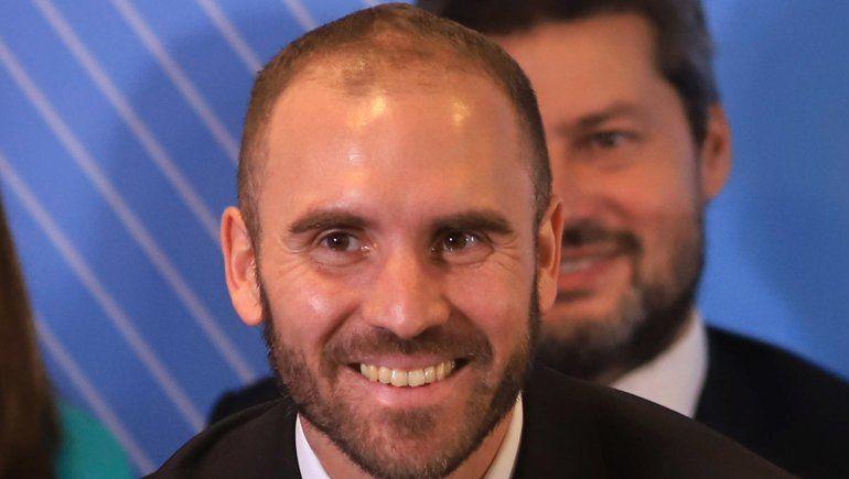 Guzmán reveló que negociaciones por la deuda se extenderán