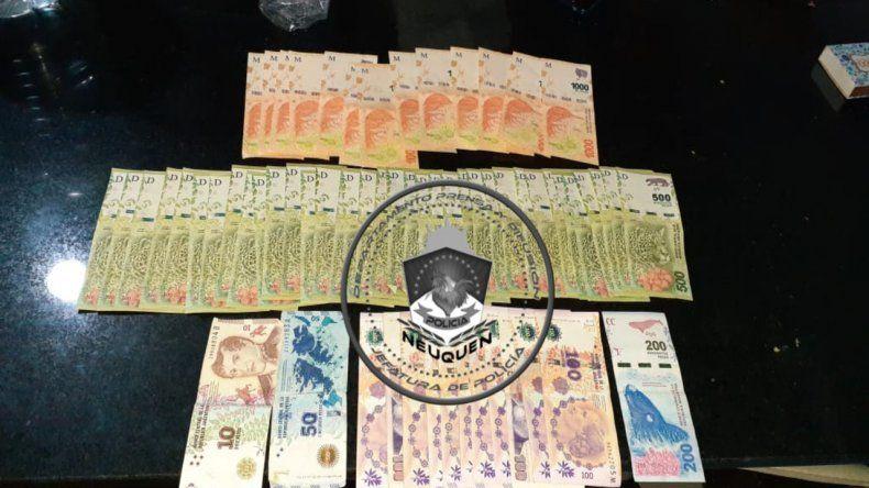 Allanamiento por robo a inmobiliaria dio con dinero e inhibidores