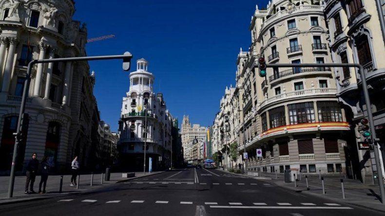 Mañana, Barcelona y Madrid relajarán la cuatentena