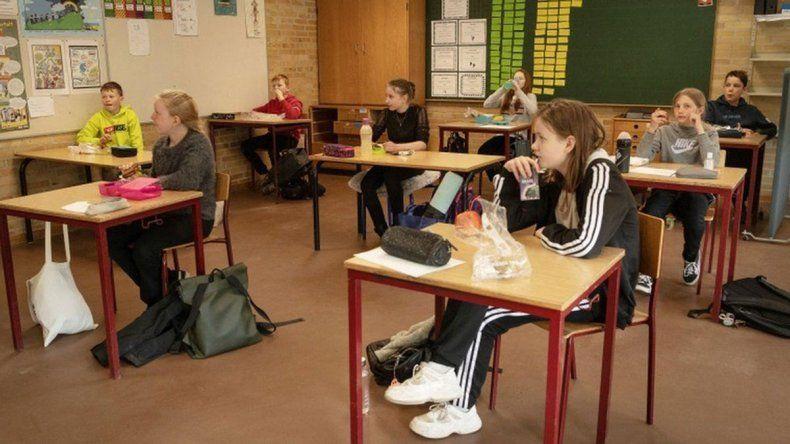 Hay polémica por el regreso a las clases en Reino Unido