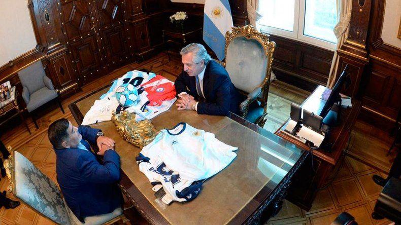 Uno de los encuentros entre el 10 y el presidente.
