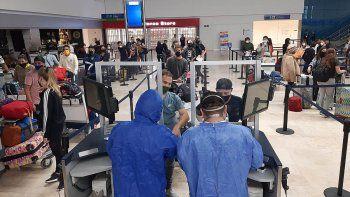 mas de 4 mil varados regresan al pais en nuevos vuelos