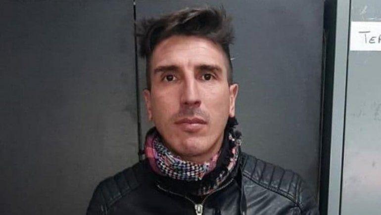 Liberaron y le abrieron una causa por violencia de género al ex futbolista Arano