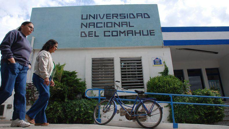 La última materia en la UNCo podrá rendirse online