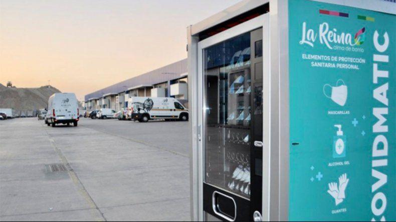 En Chile se instalan las primeras máquinas expendedoras de máscaras, gel y guantes