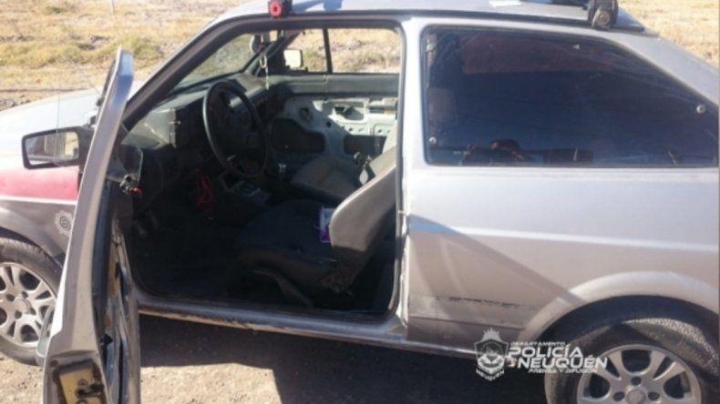 Delataron a un ladrón con inhibidor que merodeaba autos
