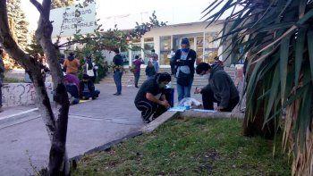estudiantes de la unco protestan por problemas de becas