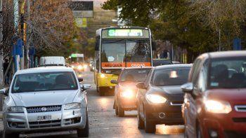 sin coles en avenida: la prioridad es de los peatones y ciclistas