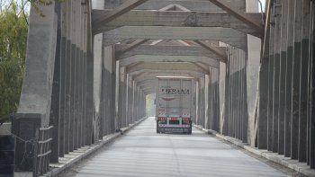 una semana mas de restriccion: hasta el 12 de junio solo esenciales por los puentes