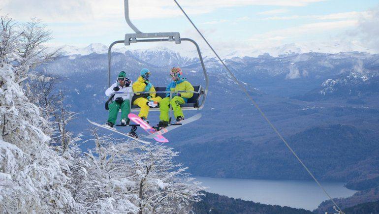 Ansiedad, dudas y protocolo listo: los centros de esquí de la provincia esperan respuestas