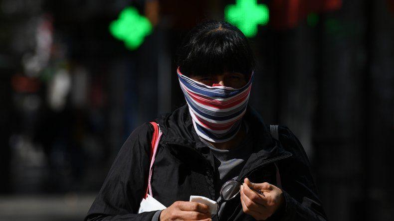Nación informó que se registraron 564 nuevos casos y 17 muertes por coronavirus