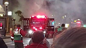 mueren dos bomberos por la explosion en una perfumeria