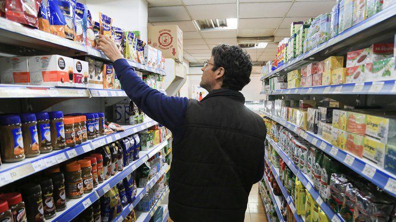 Comercios: uno de cada cinco vende con sobreprecios