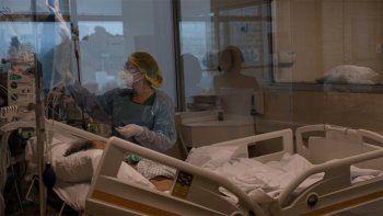 chile supera los 118.000 contagios: hospitales colapsados y cambio en el gobierno