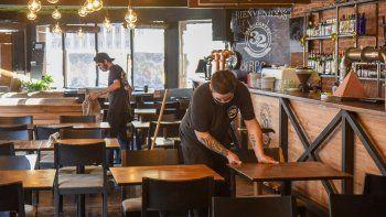 reabren los restaurantes, pero hay muchas dudas