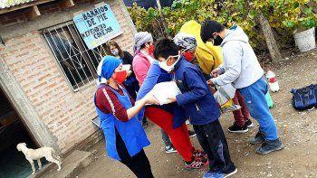 lanzan una campana solidaria para juntar ropa de abrigo