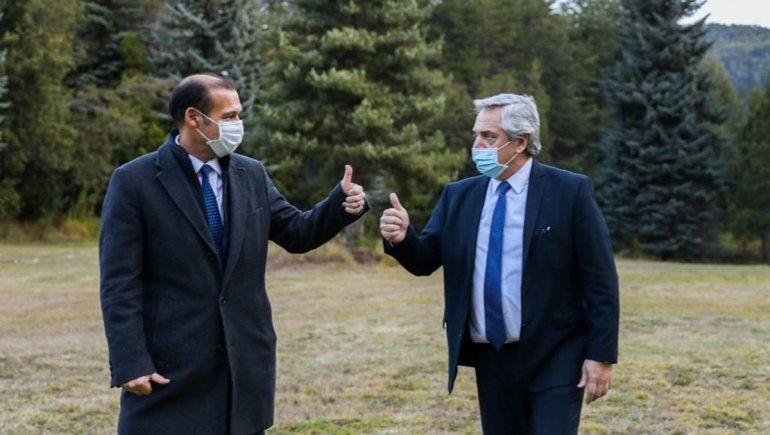 Alberto Fernández llegó a Villa La Angostura en su primera visita a Neuquén