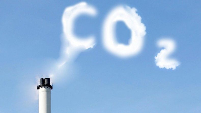 Aunque bajaron las emisiones de gases, igual subió el CO2