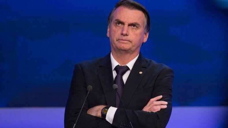 Jair Bolsonaro amenaza con irse de la OMS