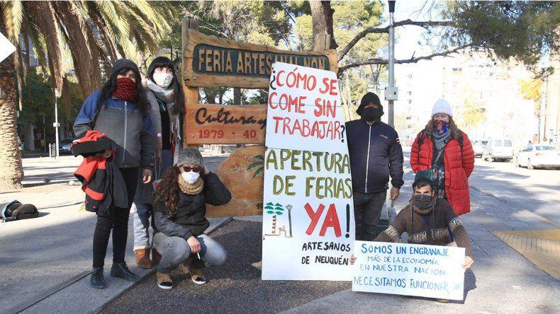 Artesanos piden volver a la feria: La situación es angustiante