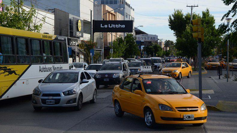 Taxis recuperan de a poco el nivel de actividad