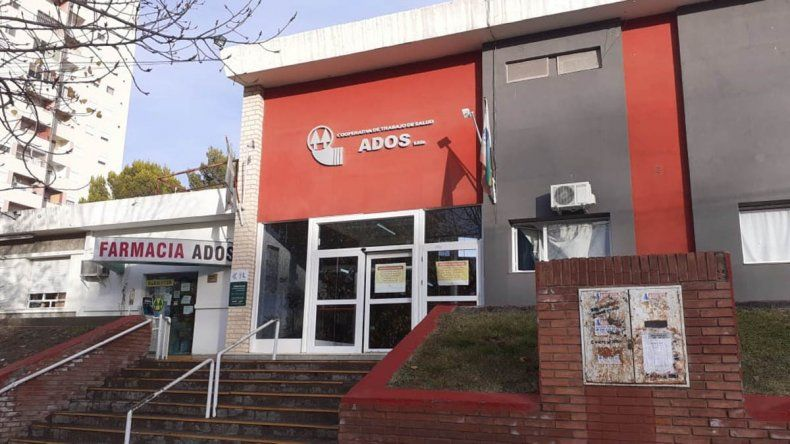 Personal del ADOS insiste en la desinfección total de la clínica