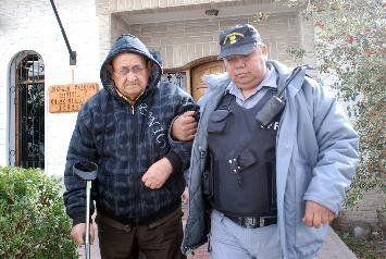 Héctor Mendoza fue jefe de la comisaría Cuarta de Cutral Co durante la dictadura. En agosto de 2010 fue detenido en Paraguay donde se había fugado. En 2013, la comisaría fue señalizada como sitio de la memoria