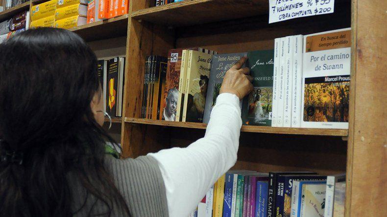 Libreros en alerta por venta online de las editoriales