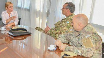 roca: intendenta reclamo ayuda a provincia y pidio por gendarmeria