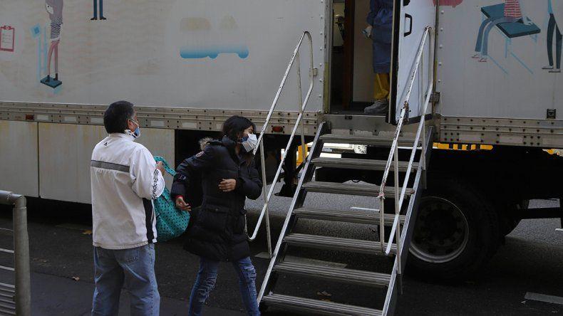 Nuevo récord de contagios en el país: se reportaron 2.146 casos en las últimas 24 horas