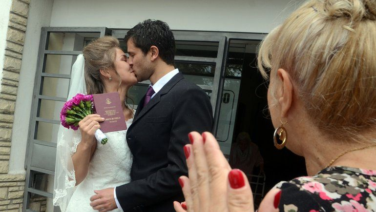 Los casamientos logran triplicar a los divorcios en Neuquén