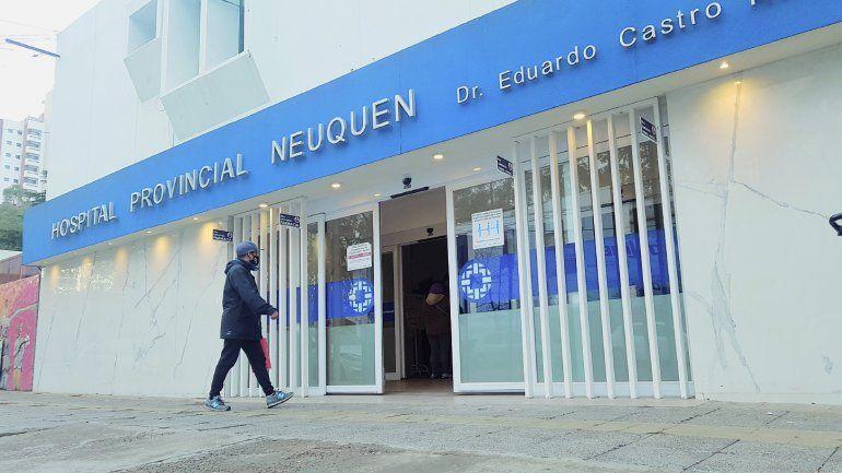 El hombre fue trasladado al hospital Bouquet Roldán.
