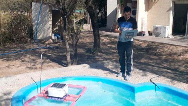 Estudiante creó dispositivo para la contaminación en el agua