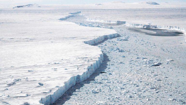 La Antártida a punto de liberar un iceberg de 500 kilómetros cuadrados