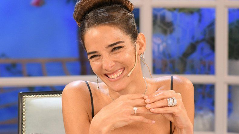 Juana Viale juega fuerte y se aseguró a Alfredo Casero