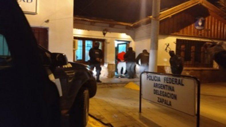Zapala: dos detenidos con marihuana dentro de un auto