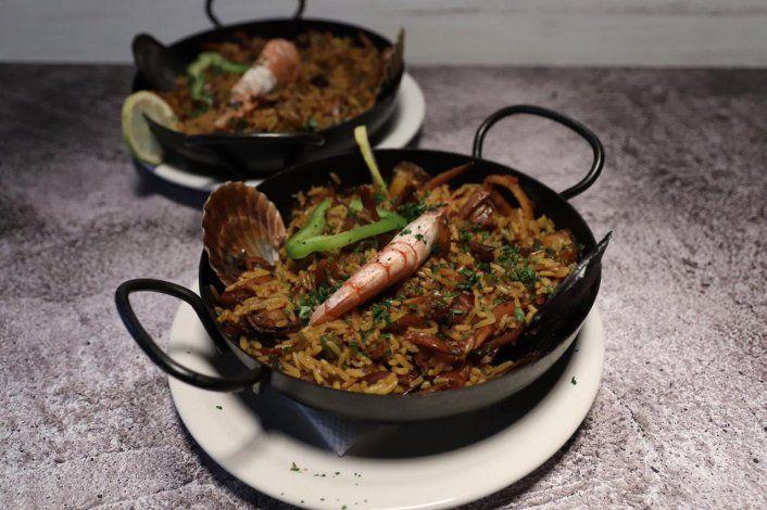 Paella con frutos de mar / Deck