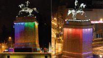 el monumento se ilumino con los colores de la diversidad