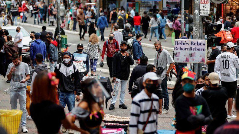 Recrudece la pandemia en el oeste y el sur de EE.UU.