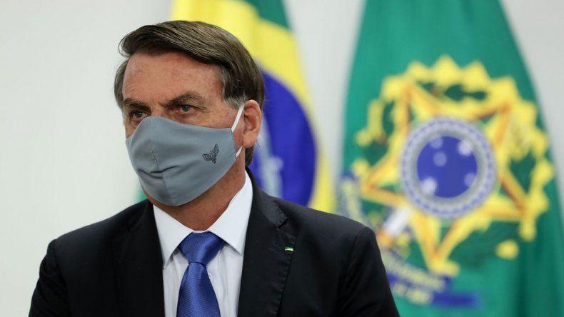Quemó colectivo para pedir que se vaya Bolsonaro