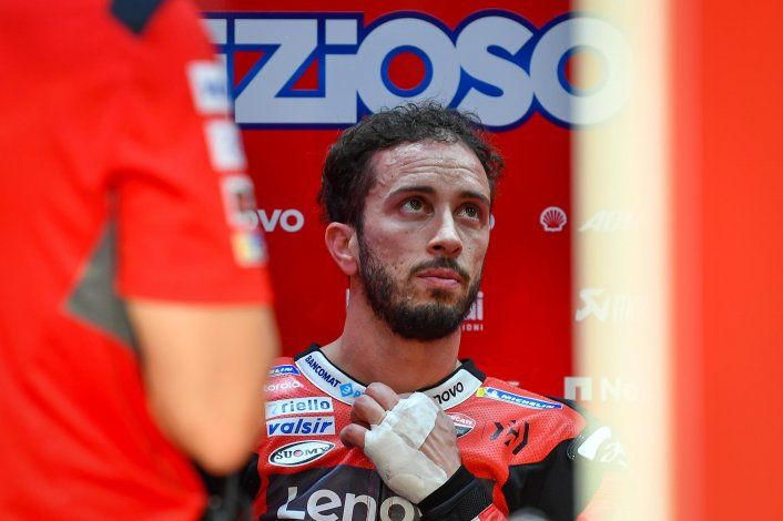 Andrea Dovizioso será operado en Módena de la fractura en la clavícula izquierda a fin de que llega en condiciones al arranque de la temporada del Moto GP.
